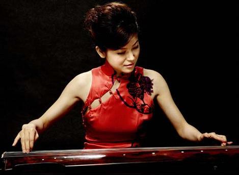 王珑 著名青年扬琴,古琴演奏家图片