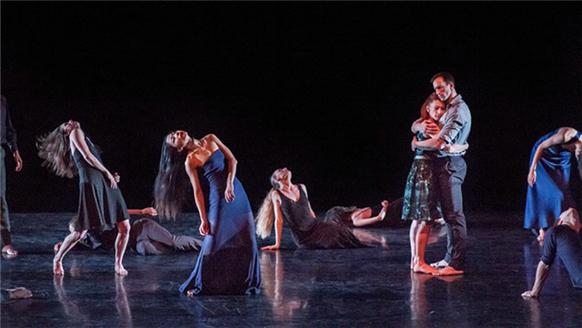 场舞蒙�9.�_2018国家大剧院舞蹈节:玛莎·葛兰姆现代舞团作品集《寂静悲喜