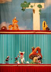 课本剧《狐狸与葡萄》《小猴尿床》《蜗牛刷牙》