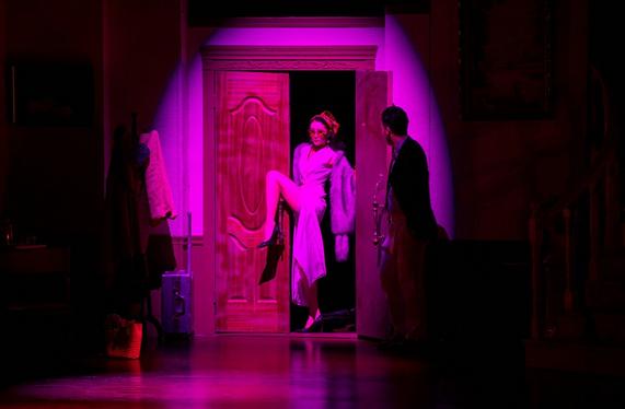 百老汇经典笑剧《开心晚宴》在线订票-海淀剧院-中票在线