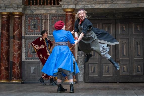 佩夫人_2019第三届老舍戏剧节 英国莎士比亚环球剧院《第十二夜》《错误 ...